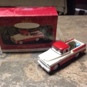 Hallmark 1999 All American Trucks 1957 DODGE SWEPTSIDE D100 Keepsake Ornament HALLMARK [tag]