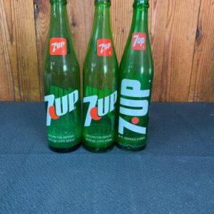 Glass Bottles Antique 7-Up 1 pint Glasses Bottles (3)