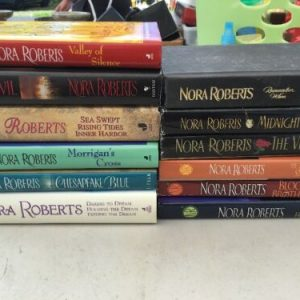 BOOKS 16 NORA ROBERTS NOVELS ~HARDCOVER