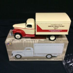 Die Cast Liberty Classics Limited Edition 1942 Chevrolet Van Box Collector Bank NOS [tag]