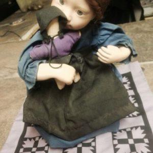 DOLLS Julie Good-Kruger Amish Blessings Rebeccah Knowles/Ashton Drake