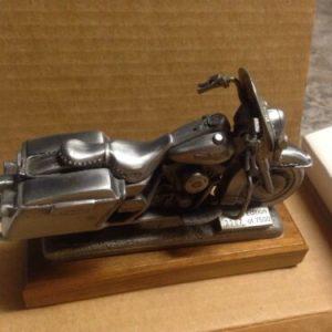 HARLEY DAVIDSON NIB 1995 Harley Roadking Pewter Replica #3987of 7000 Limited Edition